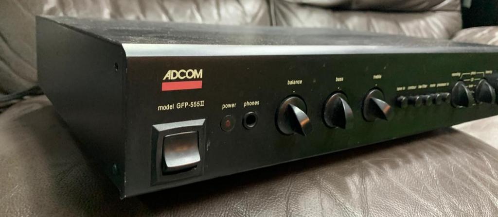 Adcom GFP-555Mk2 Preamp & Adcom GFA-555Mk2 Power Amp 243b9010