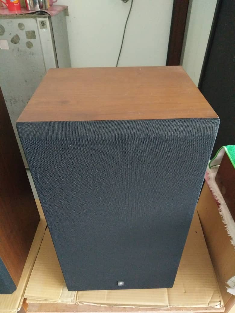Yamaha 690iii sealed box speakers  2c458b10