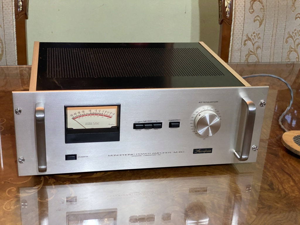 Vintage Accuphase m-60 Monoblock 1 pair  3202a610