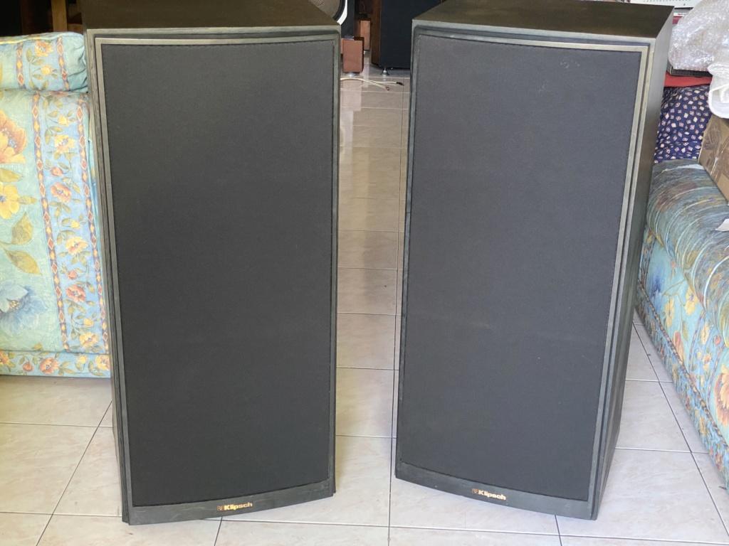 Vintage Klipsch KG 5.2 speakers  57b89810