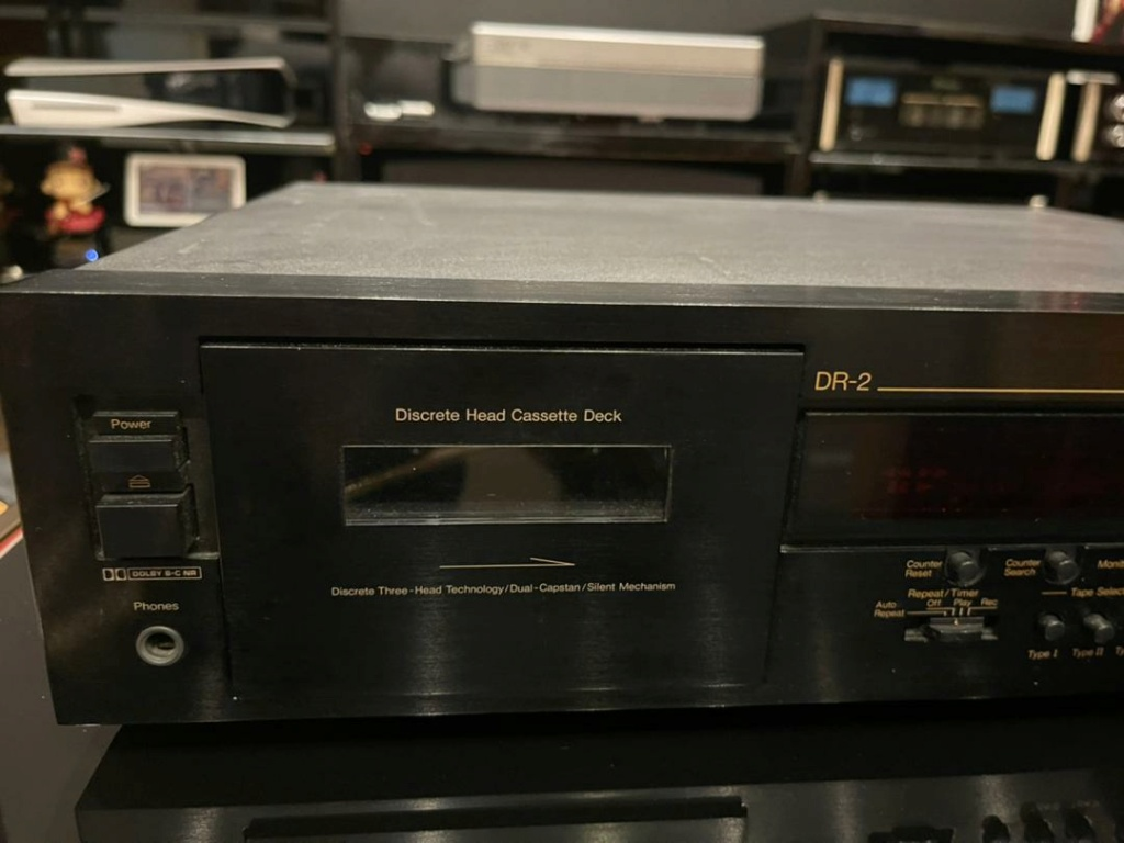 Nakamichi DR-2 Three head cassette deck( Mint) 7ce50910