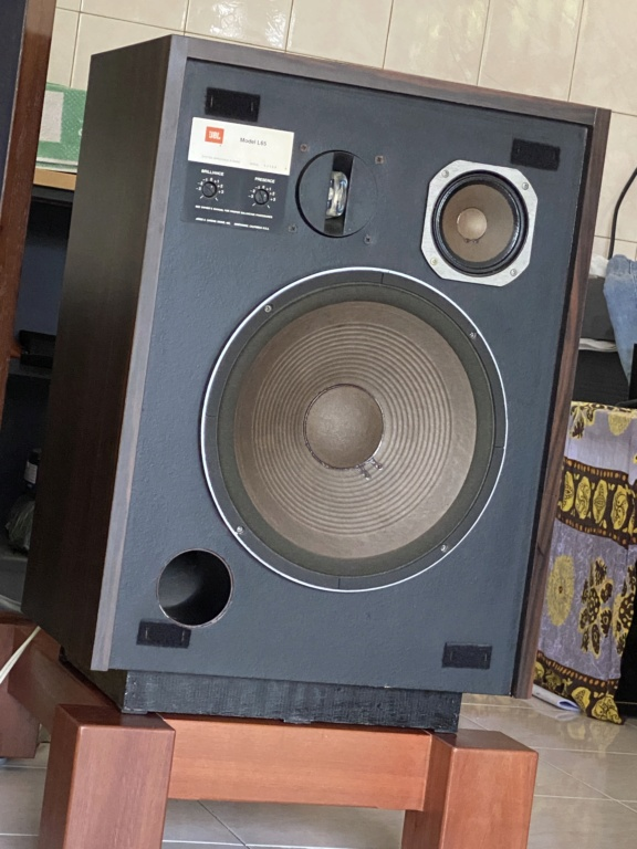 Sold JBL L65-A speakers 99d96310