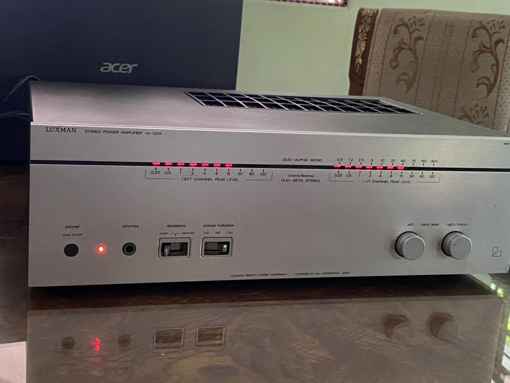 Luxman M-120A power amplifier  A7fa7710
