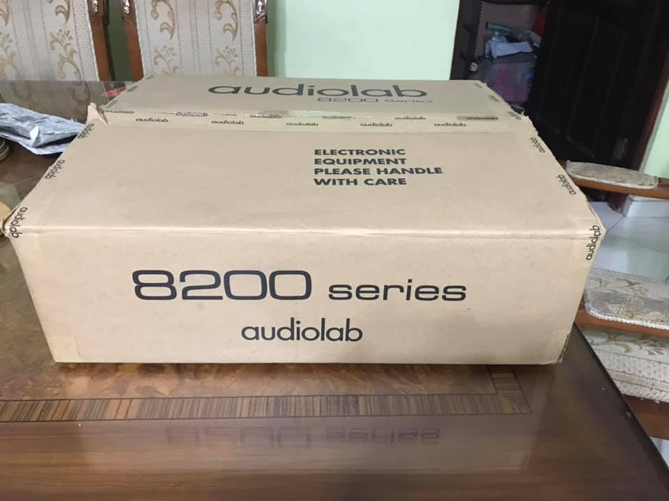 Audiolab 8200CD OLED CD Player new cont A8110