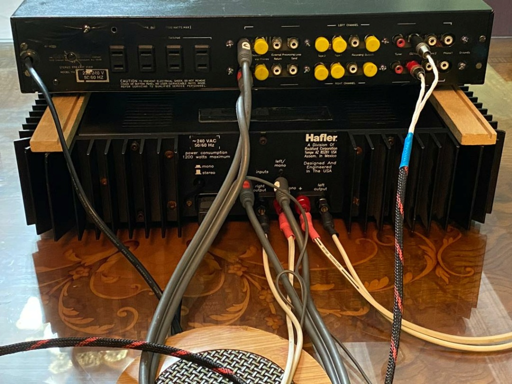 Hafler pre n power amplifier  A87e8010