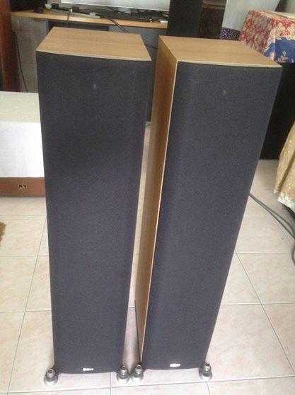 B&W DM603 S3 with BOX B110