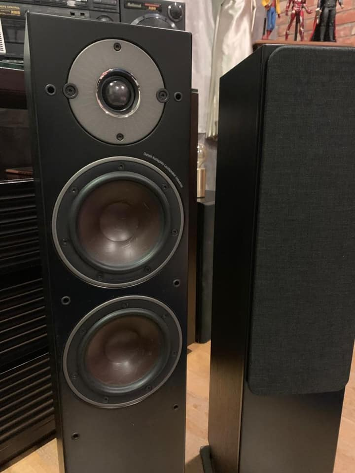 Dali Oberon 5 FloorStand Speaker SOLD D210
