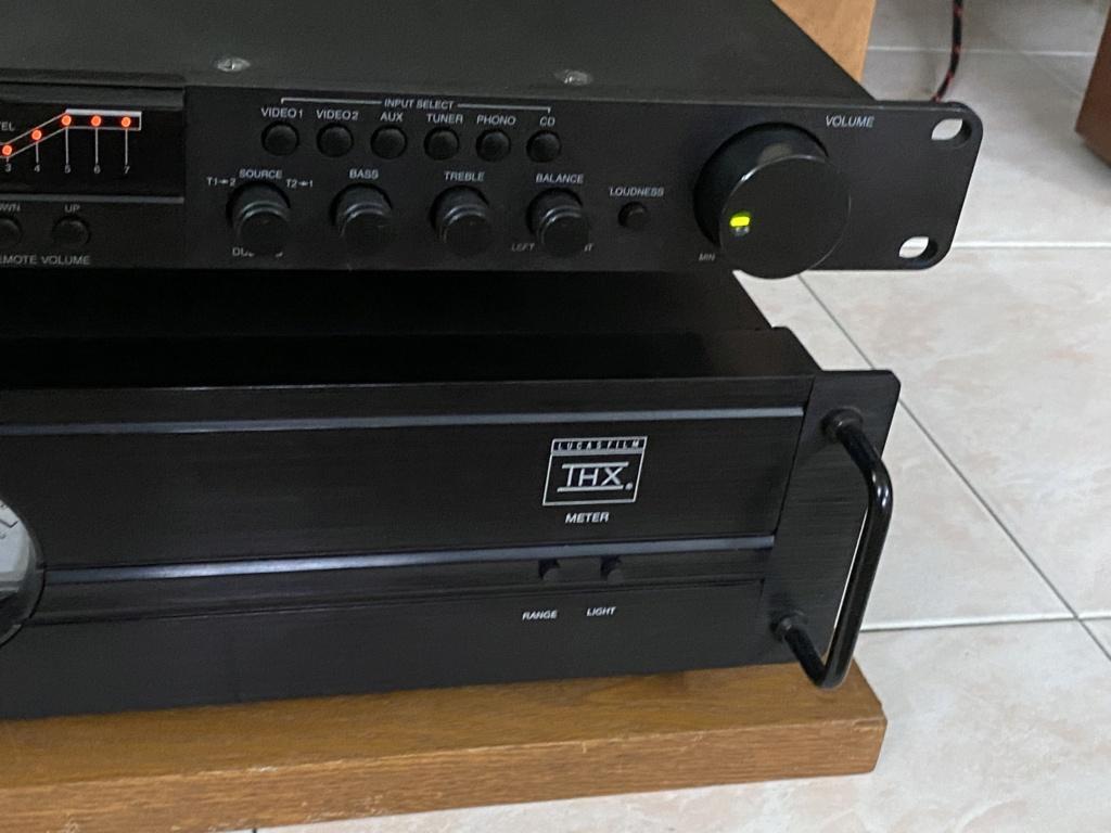 Carver pre n power amplifier  D3602d10