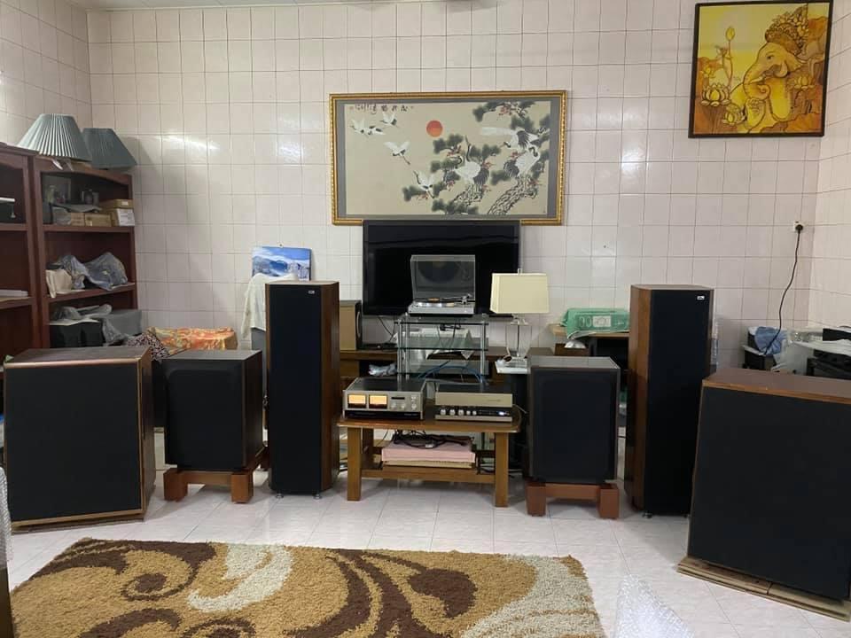 JBL L-200B speakers (SOLD) F5e58410