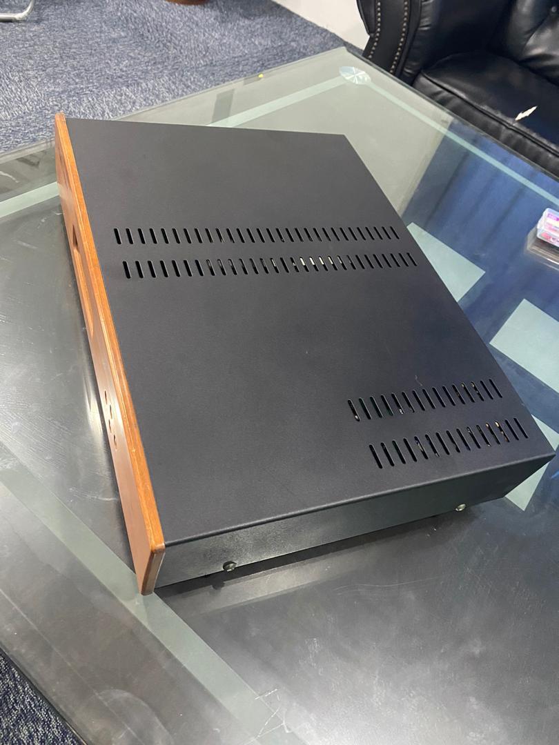 Holfi integra 8S integrated amplifier SOLD H311