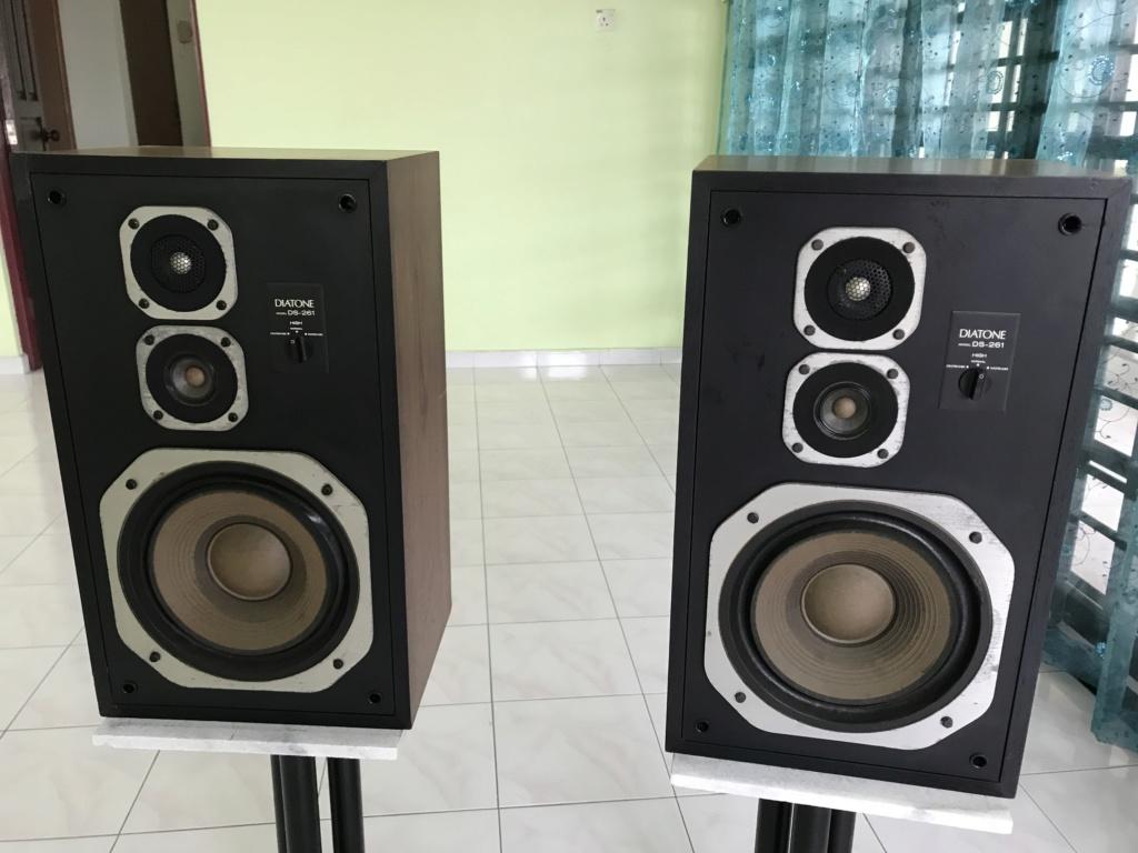 DIATONE frm Mitsubishi sealed box speakers Img_0912