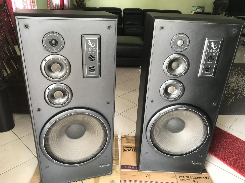 "Infinity SM-152 4-Way Floor Speaker - 15"" Woofers Img_1610"
