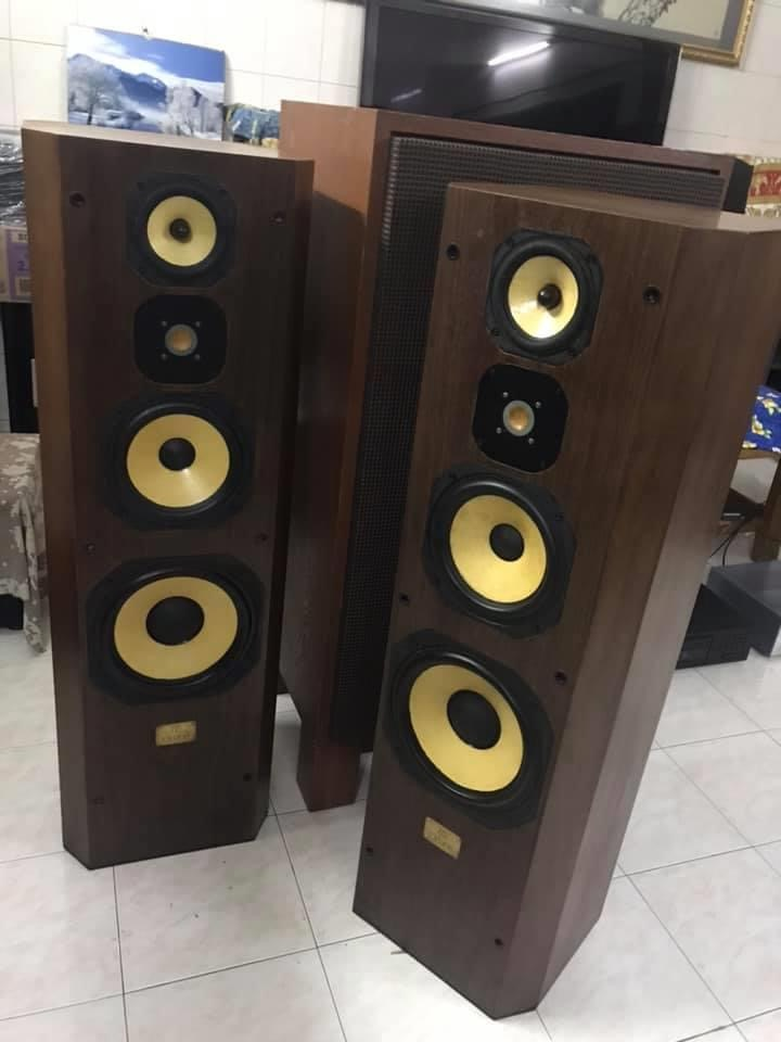 Extremely Rare JMLab 715 Oriane K2 4 way Speakers  Img_4012