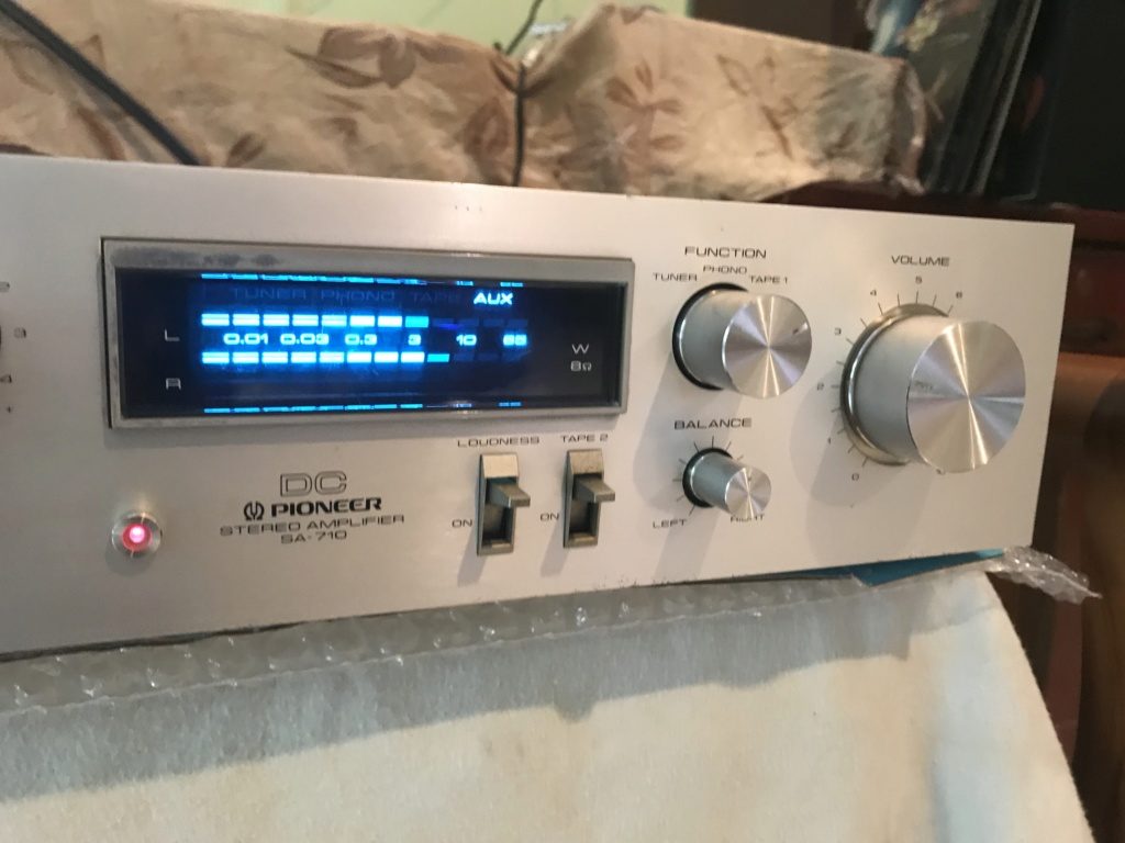 Pioneer SA-710 DC Integrated Amplifier Img_4810