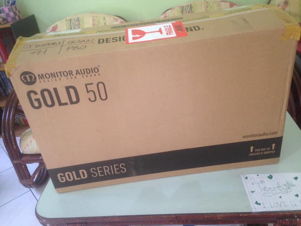 Monitor Audio Gold 50  DARK wall nut B/shelf speakers M314