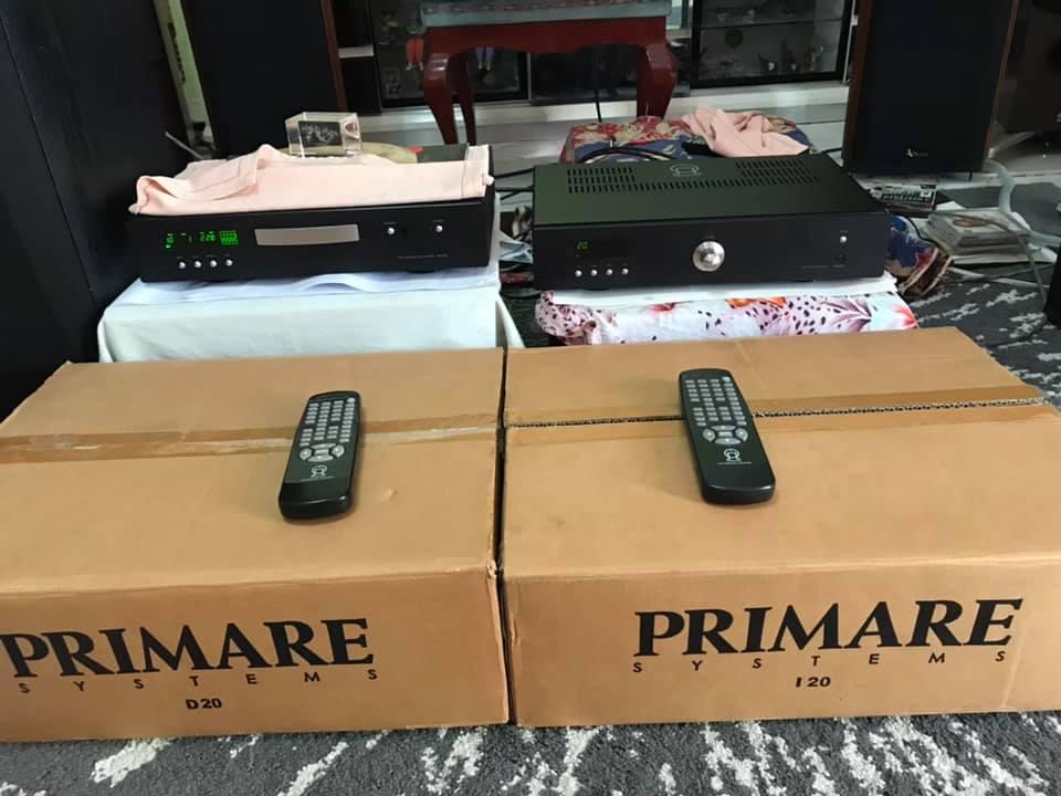 Primare I20 integrated amp & D20 cdp w/BOX P119