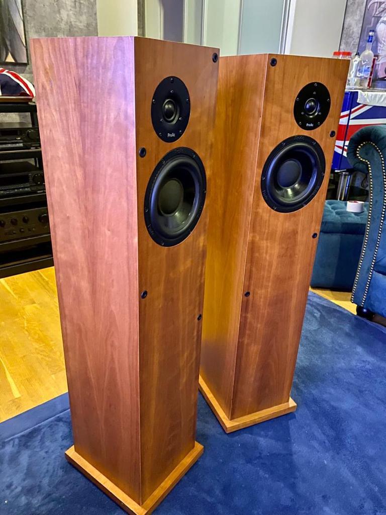 Proac Response D25  Speakers W/ BOX P122