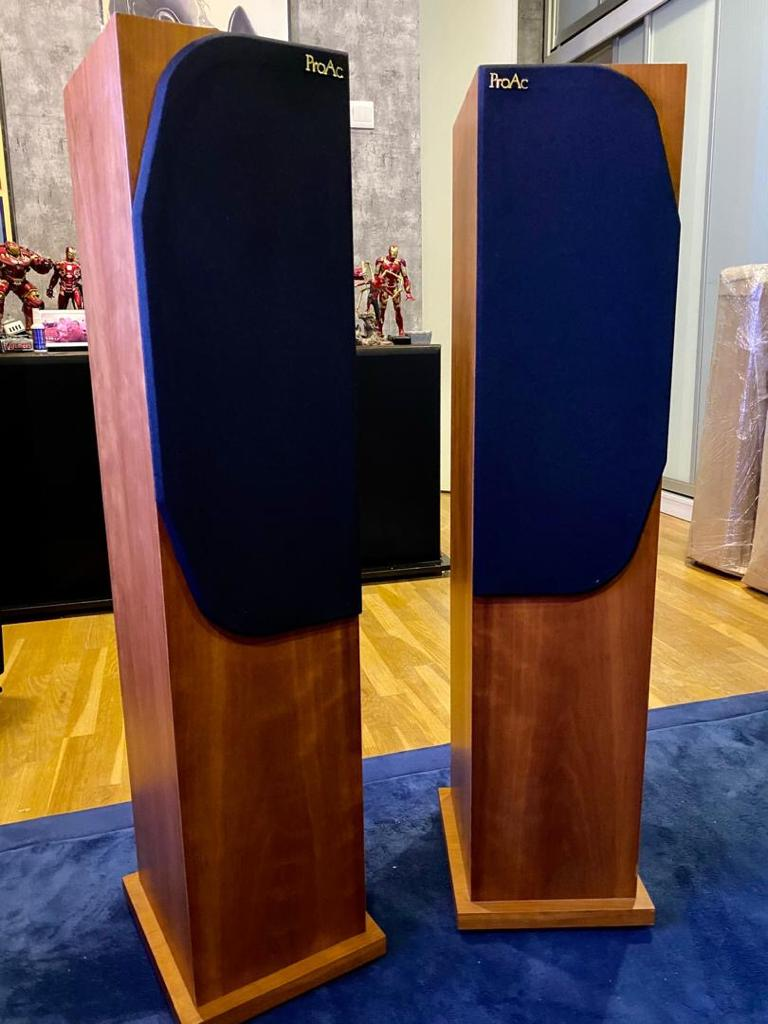 Proac Response D25  Speakers W/ BOX P218