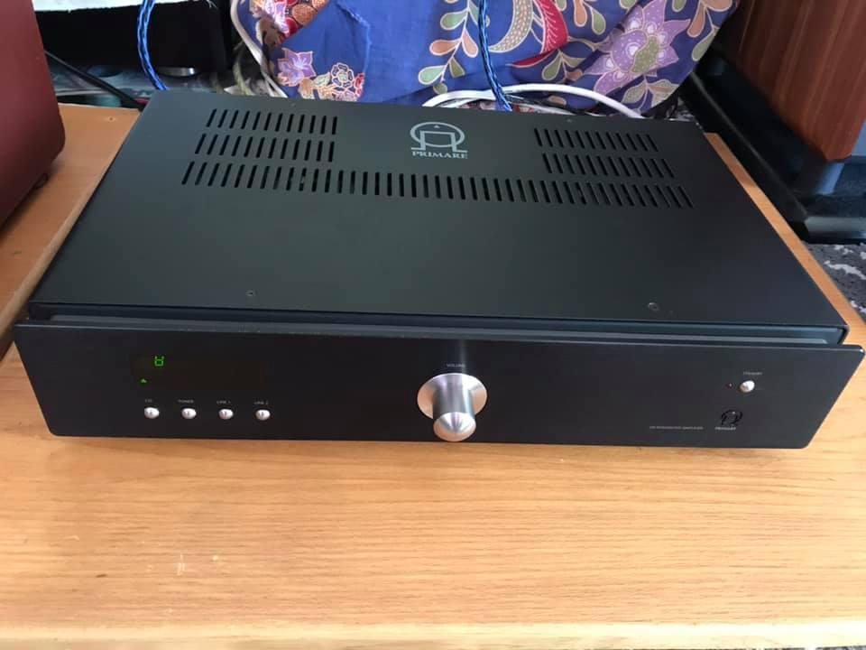 Primare I20 integrated amp & D20 cdp w/BOX P312p310