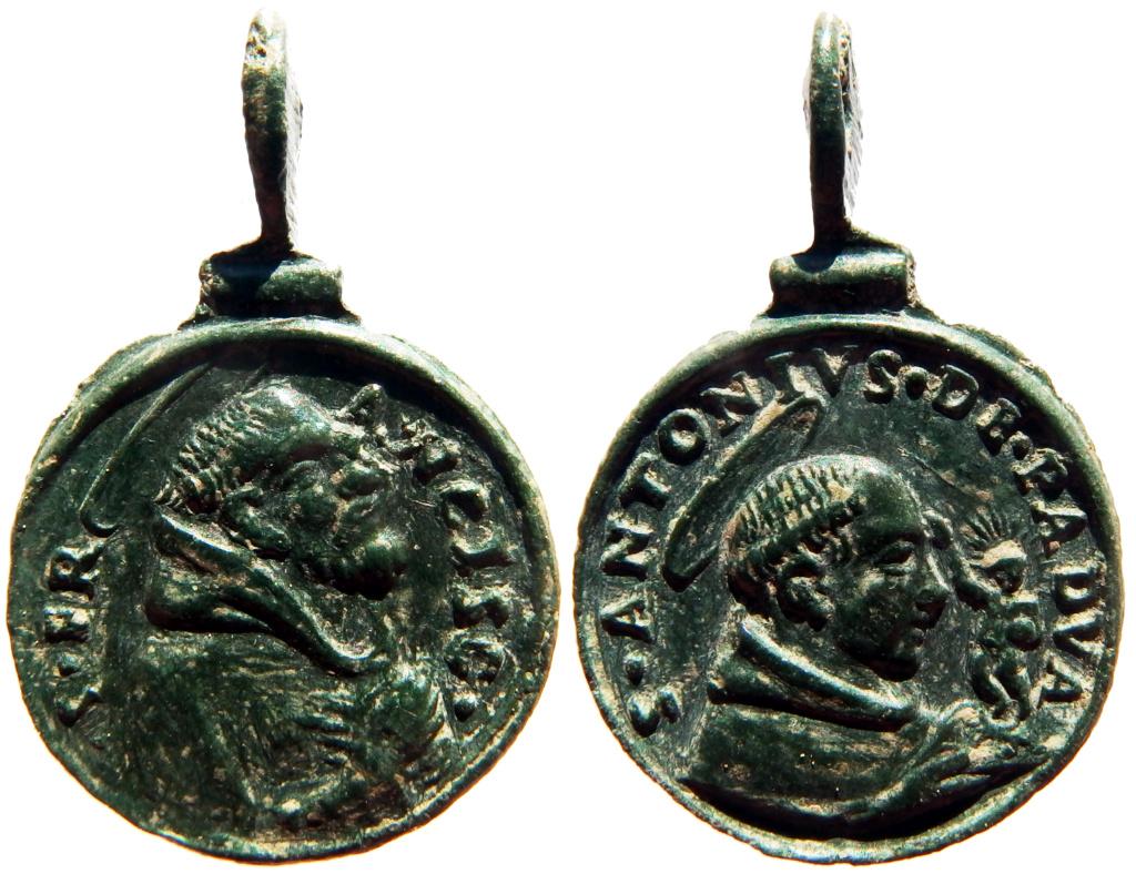 San Francisco de Asís / San Antonio de Padua - s. XVII P4050011