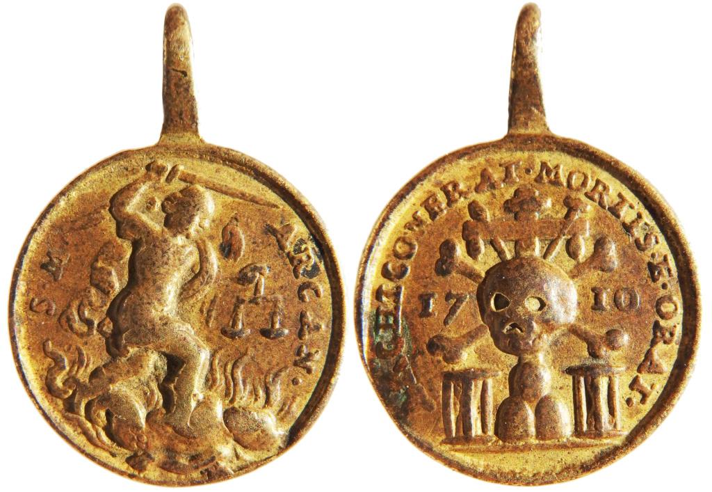 San Miguel Arcángel / Archicofradía de la Muerte y Oración - 1710  (R.M. SXVIII-C180) Pc280018