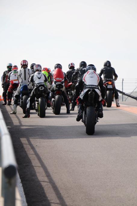 """Compte rendu """"Journées Motopiste"""" 2020 à LEDENON 2020_011"""
