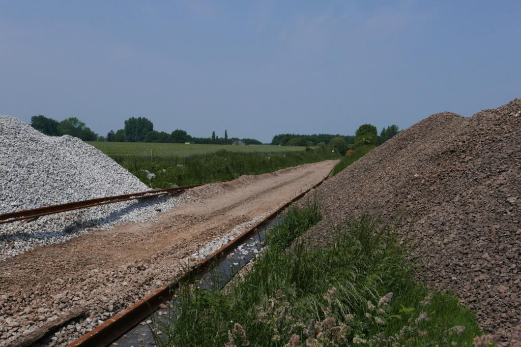 Modernisation de la ligne Bréauté - Fécamp - Page 2 P1010213