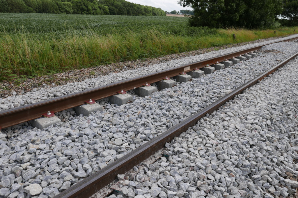 Modernisation de la ligne Bréauté - Fécamp - Page 3 P1020113