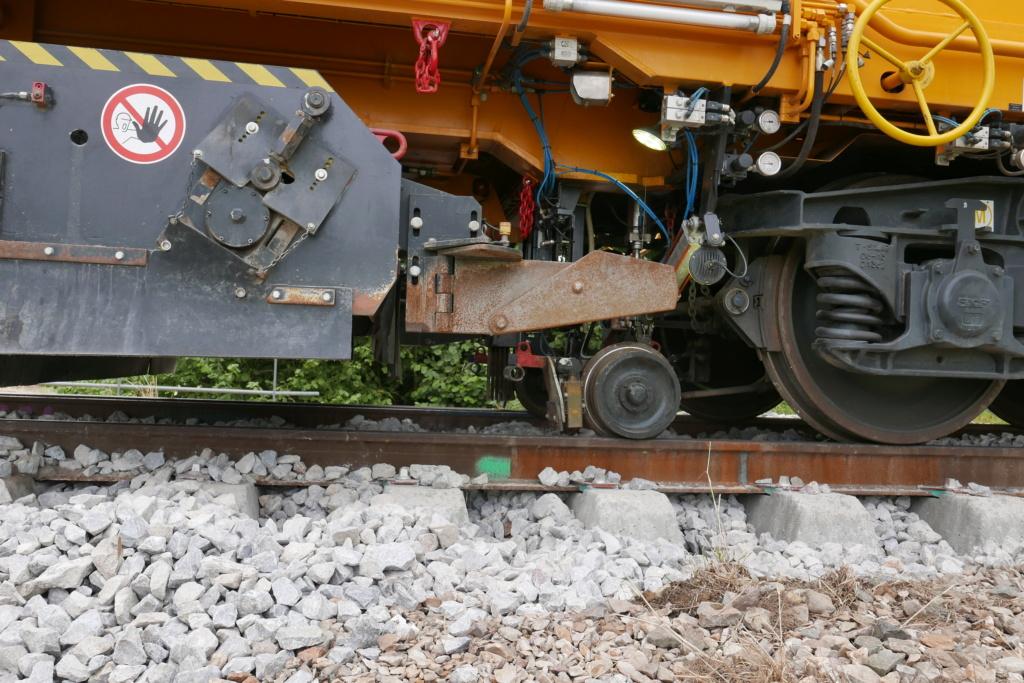 Modernisation de la ligne Bréauté - Fécamp - Page 3 P1020132