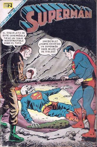[Editorial NOVARO] Universo DC 065010