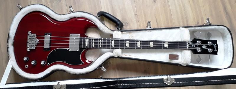 A que se deve a falta de popularidade da Gibson em relação à Fender? - Página 2 20190215