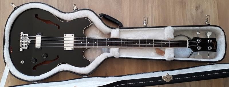 A que se deve a falta de popularidade da Gibson em relação à Fender? - Página 2 20200221