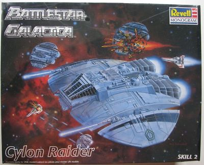 Chasseur Cylon - Galactica Revell10