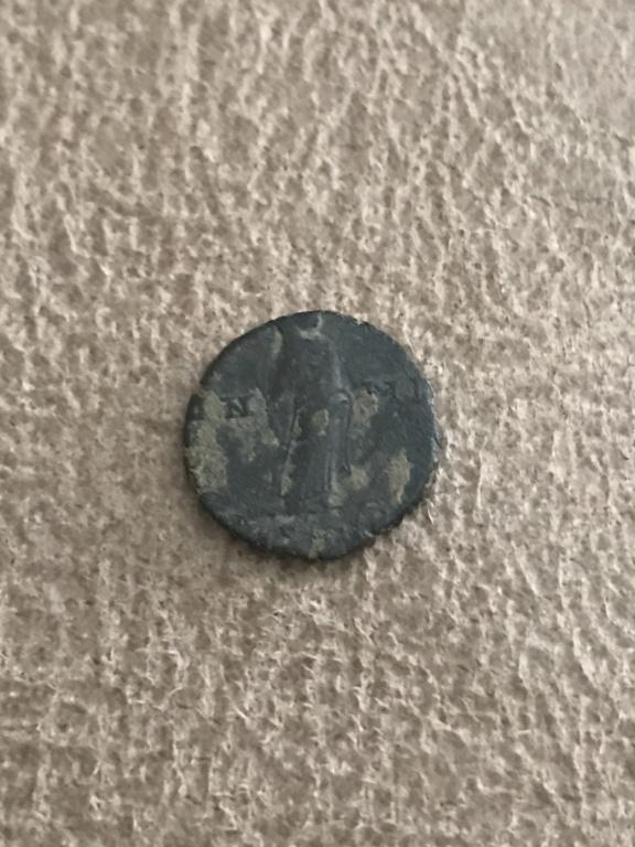 AE4 póstumo de Constantino I. VN - MR. Cycico 90bb2410
