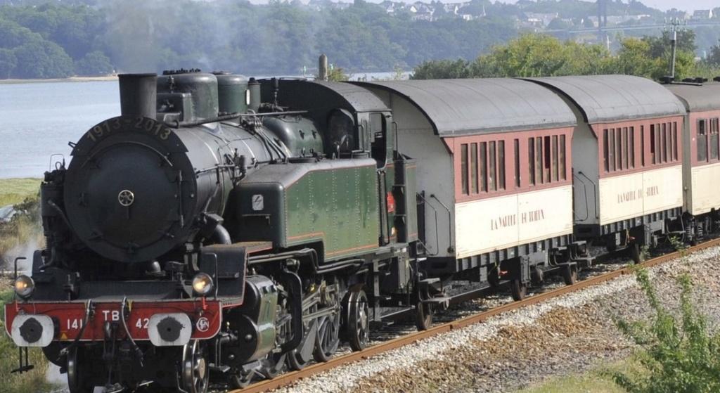 Une ancienne formation qui a permis de conduire le train du trieux ... Bandea12