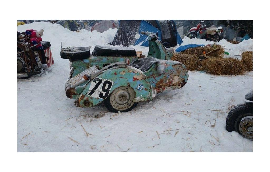 SIDE CAR ancien  Sans1088