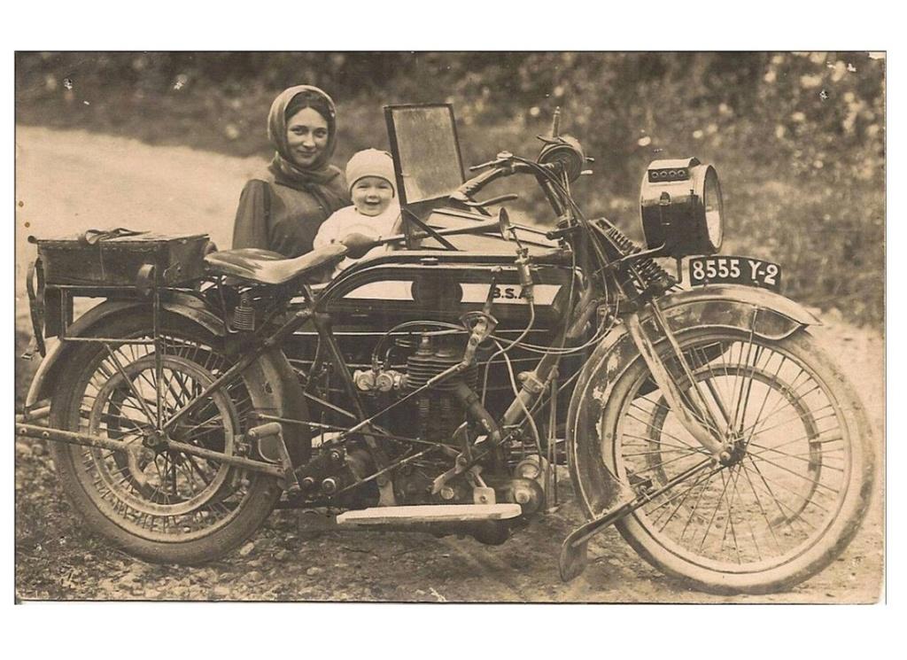 SIDE CAR ancien  Sans1355