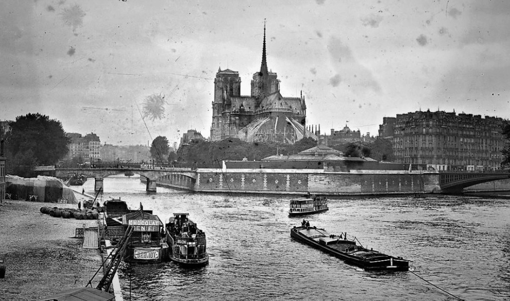 PARIS UN COMMERCE  Sans1765