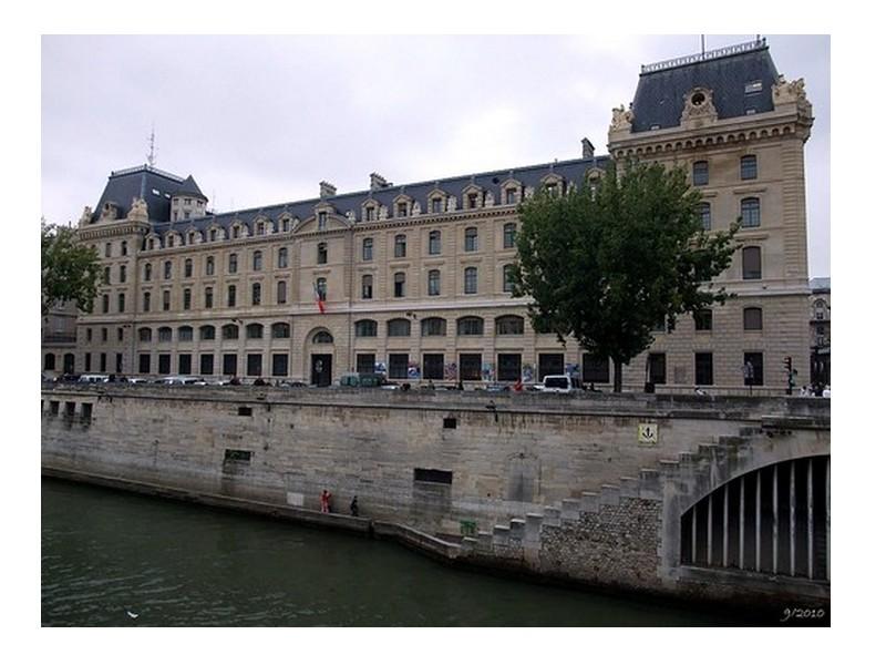 PARIS UN COMMERCE  Sans1769