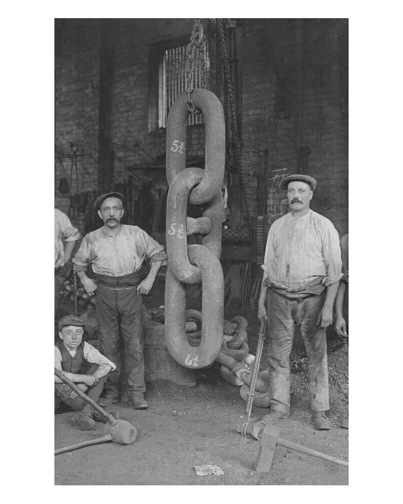 Forgerons que je pense de marine vu la taille de la chaine Sans1915
