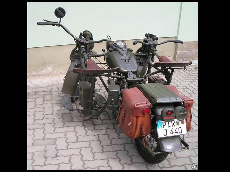 SIDE CAR ancien  Sans2400