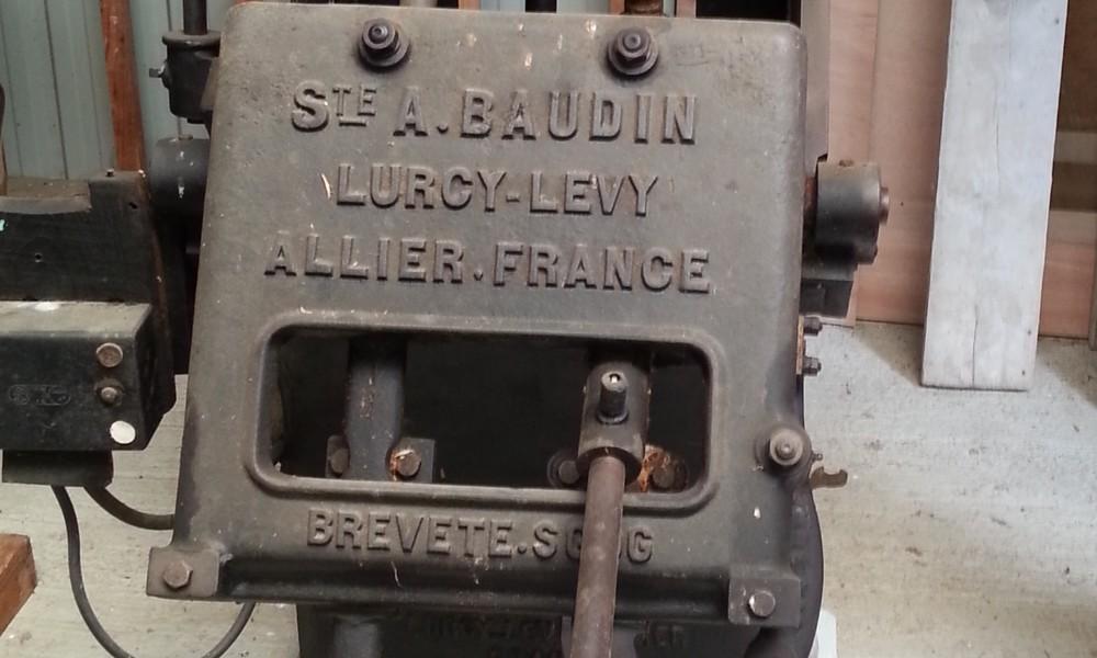 Les machines à sabots Baudin à Lurcy-Lévy dans l'Allier  Sans_t59