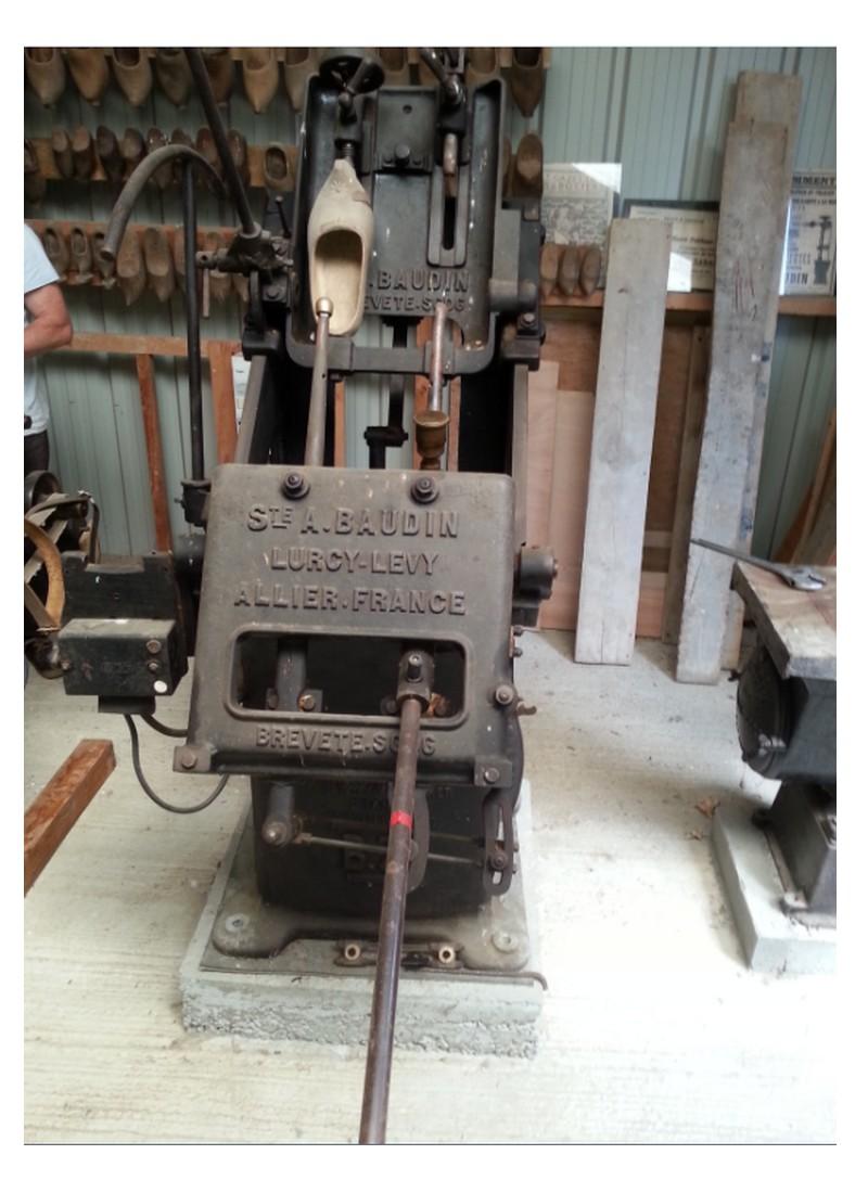 Les machines à sabots Baudin à Lurcy-Lévy dans l'Allier  Sans_t63