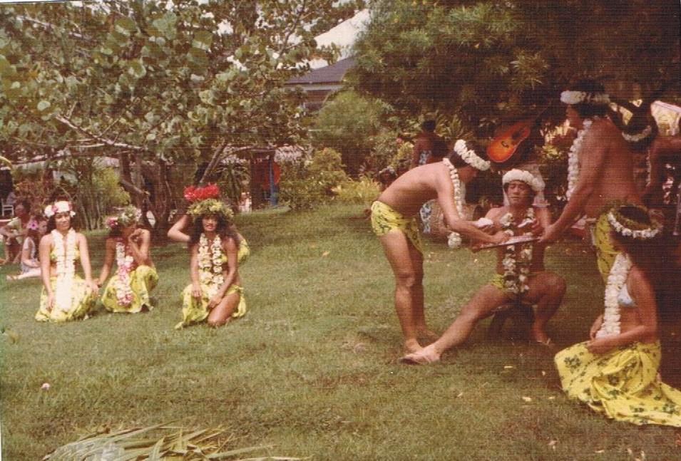 [Tahiti] Il n'y avait pas que le front de mer a Tahiti - Page 8 Au_maz10