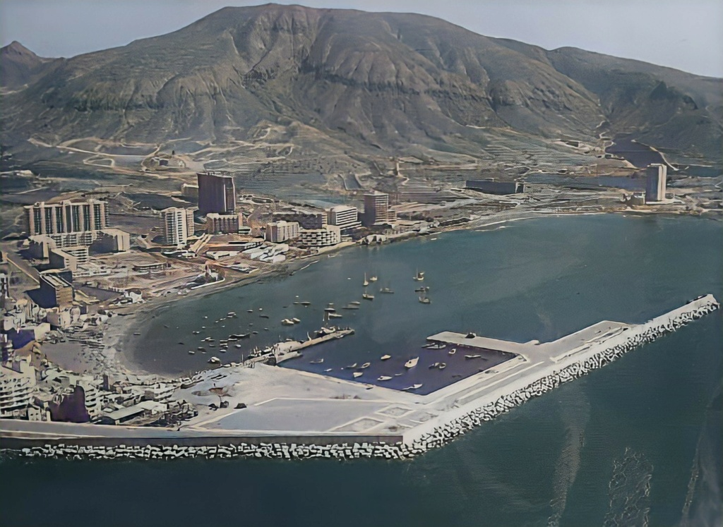 Old Photo of Los Cristianos from 1980ish. 16521110