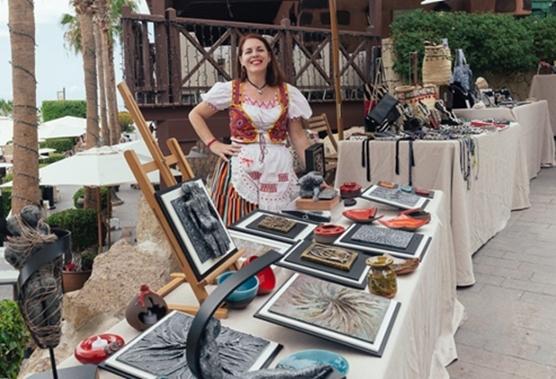 Evening craft market at CC El Mirador 51636-10