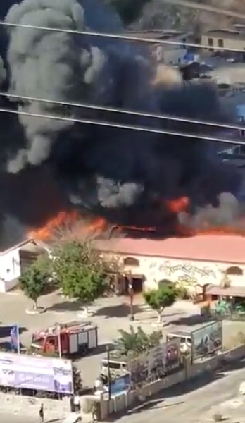 Gran Canaria water park evacuated due to a fire 51659-10
