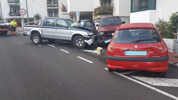 Accident involving seven vehicles in La Palma 51784-10