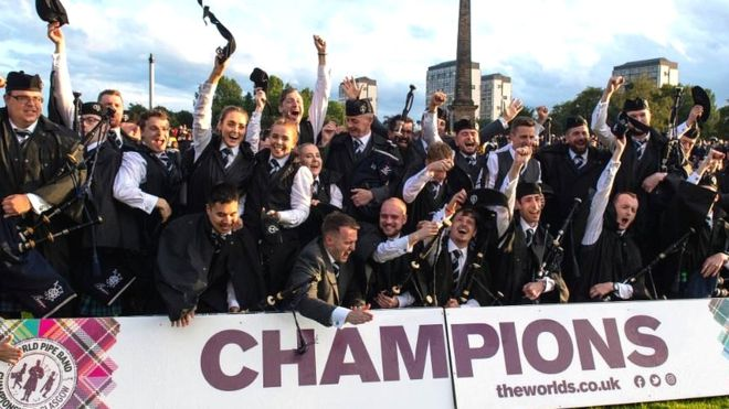 Inveraray crowned piping world champions in Glasgow _1083511