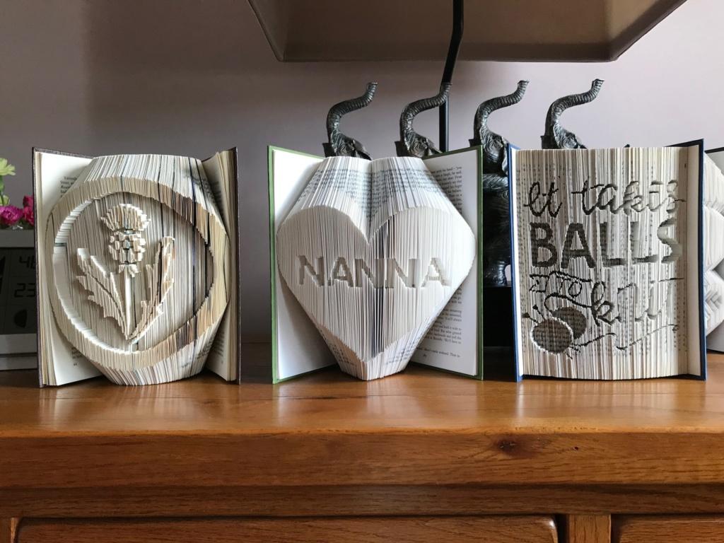 Book Folding. Books10
